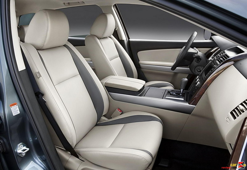 2010 Mazda CX-9 front seating
