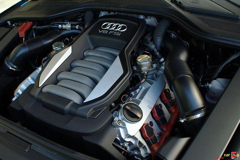 372 HP 4.2 FSI V8