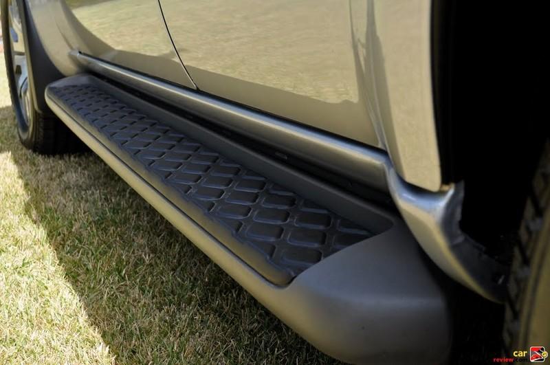 Nissan Pathfinder Running Board