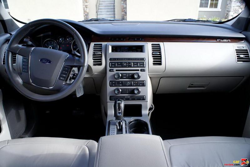 2010 Ford Flex interior