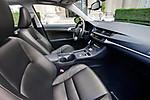 2011_Lexus_CT_200h_043.jpg