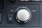 2011_Lexus_CT_200h_053.jpg