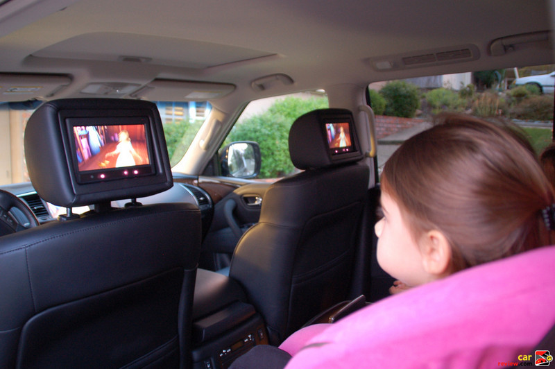 Theater Package includes dual rear seat DVD screens