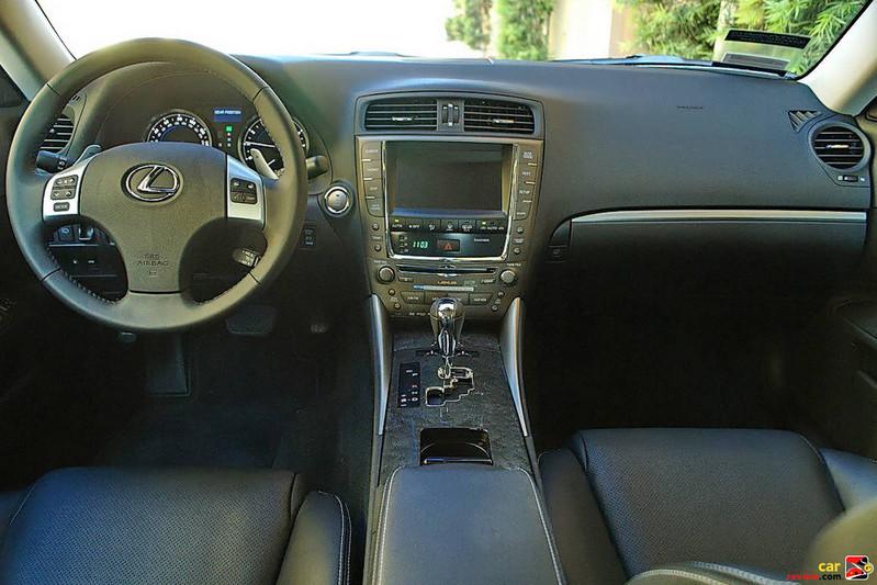 2011 Lexus IS 350 interior