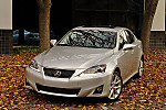 2011_lexus_is350_10.jpg