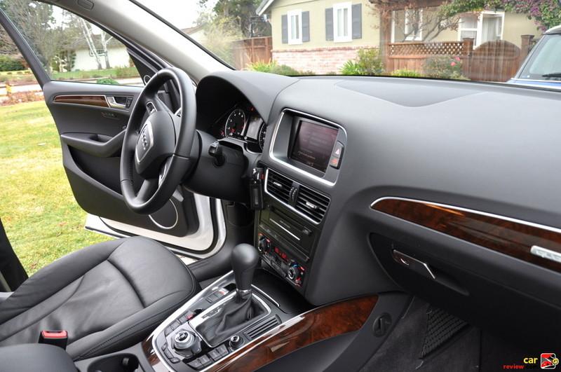 Twelve-way power front seats with four-way power lumbar adjustment