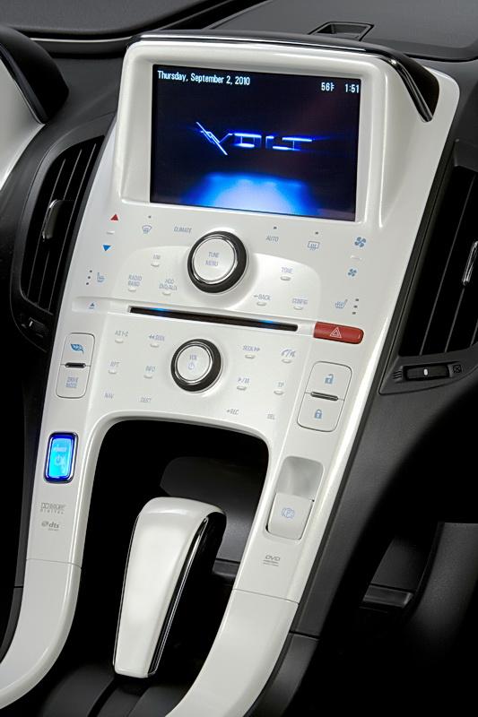 2011_Chevrolet_Volt_24