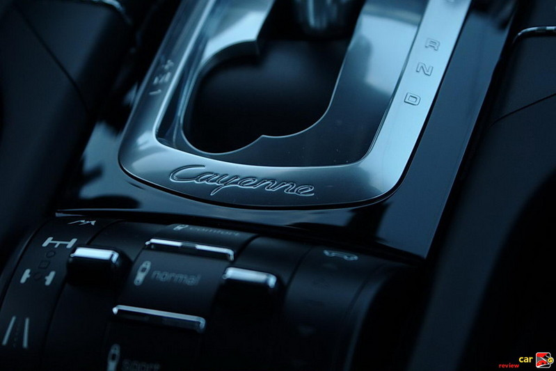 Eight-speed Tiptronic S