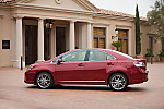 2011_Lexus_HS_250h_12.jpg