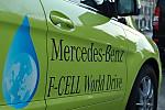 2011_Mercedes_BClass_Fcell_17.JPG
