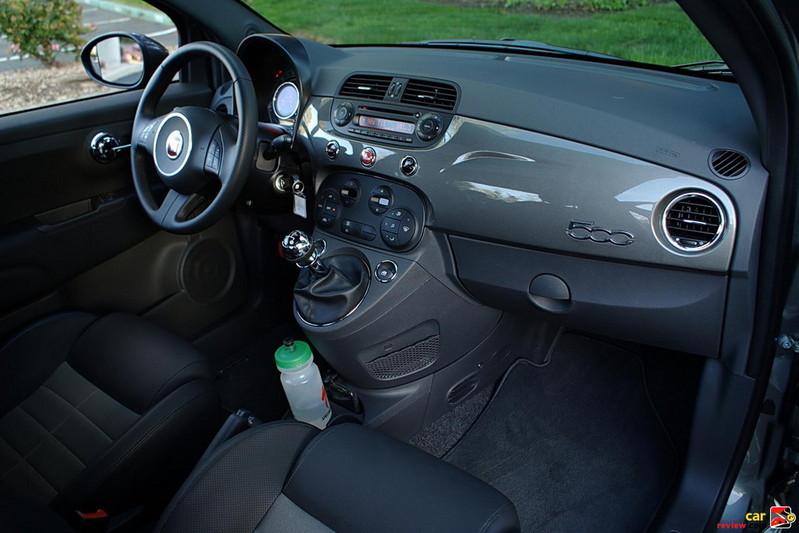 Fiat 500 Sport interior