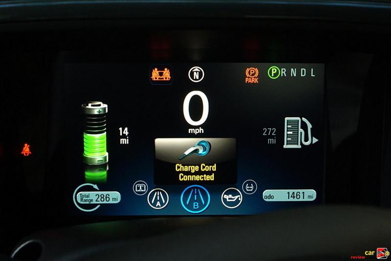 Chevrolet Volt charging status display