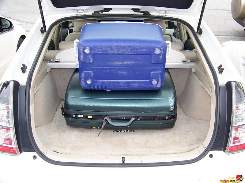 Toyota Prius cargo capacity demonstration